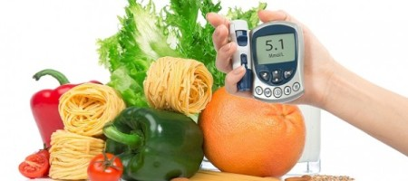 Controlling-Diabetes-through-Diet-600x333